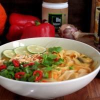 Fistaszkowa zupa tajska z dynią