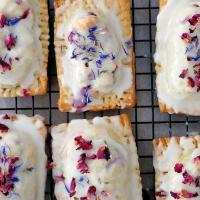 Poptarts, czyli kruche ciastka z nadzieniem wiśniowym