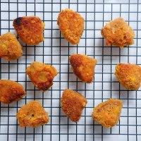 Wegańskie nuggetsy z tempehu